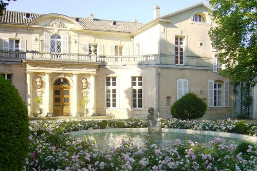 How to buy a chateau in Provence