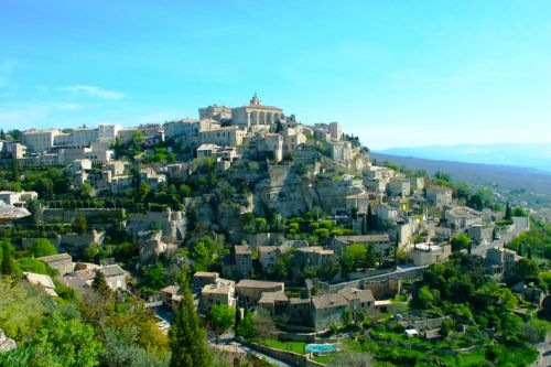 Gordes, classified among the most beautiful villages of France